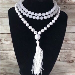 Yogi Surprise White Jade & Howlite Mala Necklace